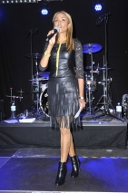 Sabrina Setlur moderiert die Napster Fan - Preis Verleihung 2015